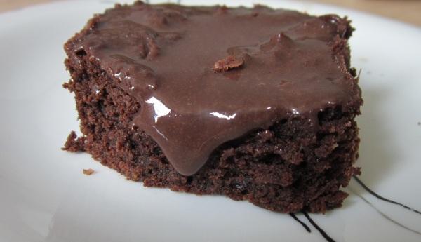 Brownie com cobertura de brigadeiro da Petit Brownie